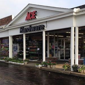 Garrettsville store front
